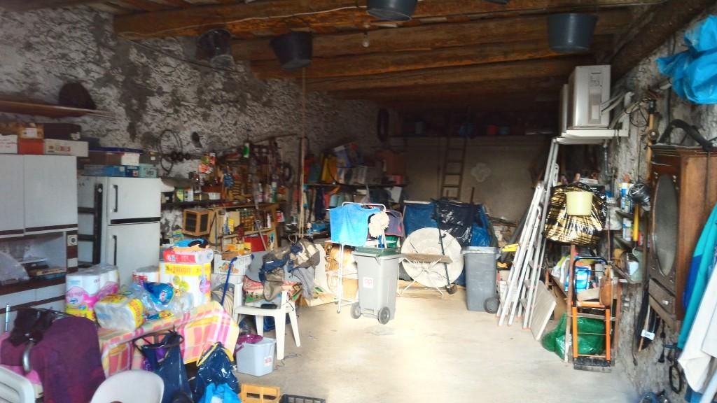 maison de village a vendre 34820