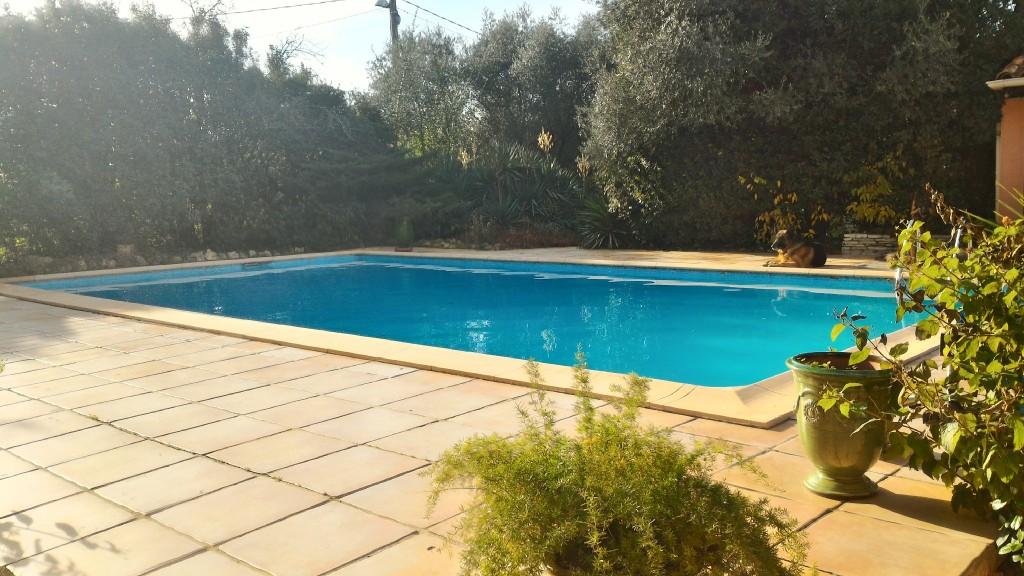 villa 34820 grand terrain