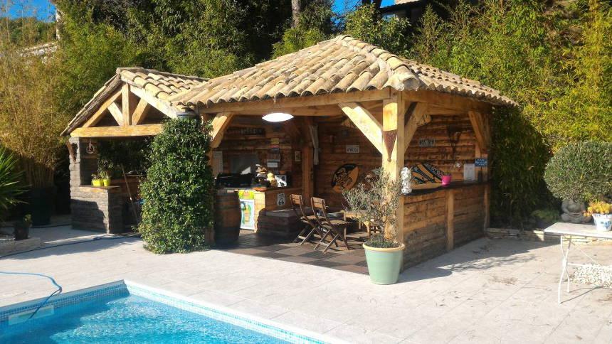 villa Teyran avec espace détente piscine