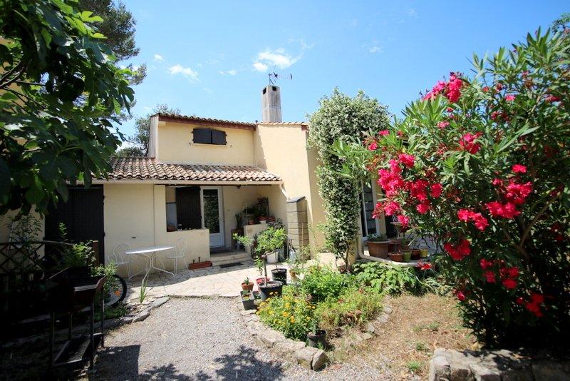 villa avec petit jardin jacou 34830